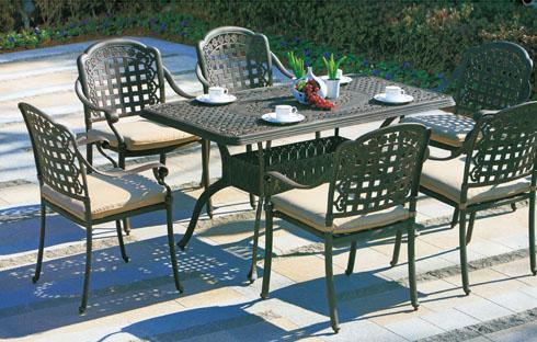 Bộ bàn ghế cafe ngoài trời dáng cổ điển ZXFK020