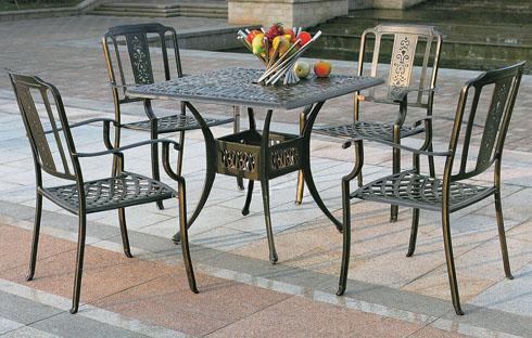Bàn ghế ngoài trời từ chất liệu hợp kim ZXFK011