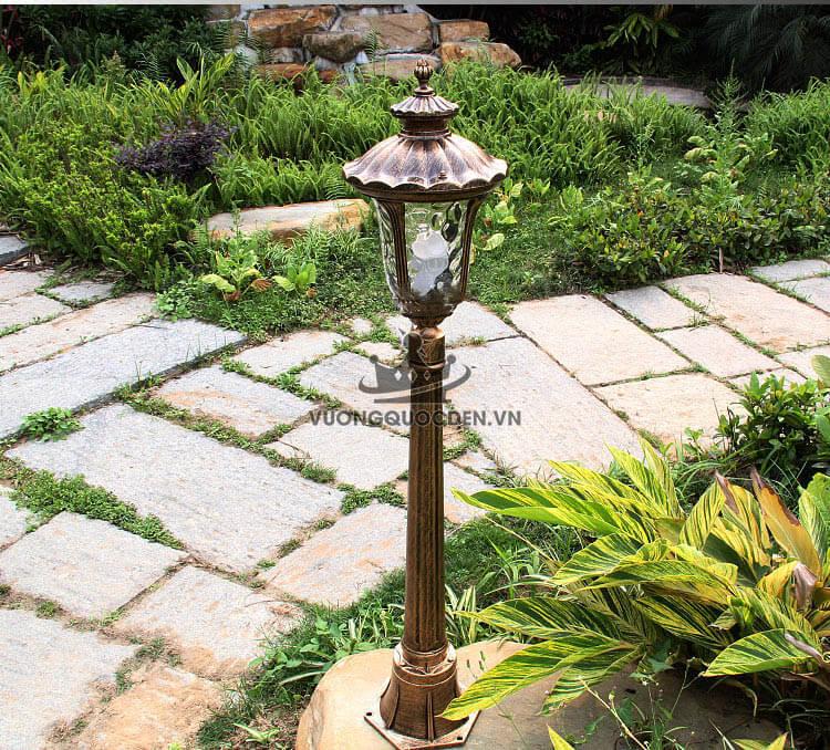 Hướng dẫn cách chọn đèn trụ trang trí sân vườn phù hợp